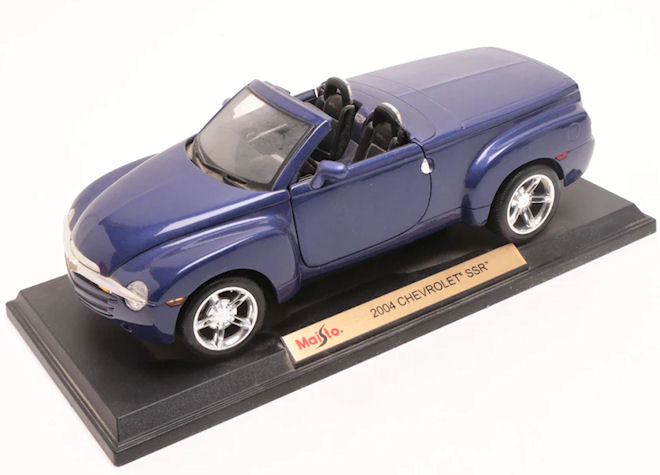 Die Cast Model From Maisto Licensed From Gm 2004 Chevy Ssr Roadster